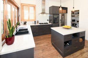 Deluxe kitchen, charcoal kitchens, kitchen renovation, Corowa/rutherglen